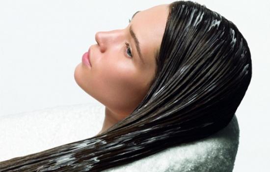 Чем полезны восстанавливающие маски для волос?