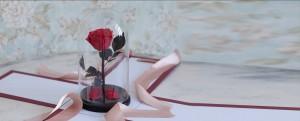 Оригинальный подарок – роза в колбе