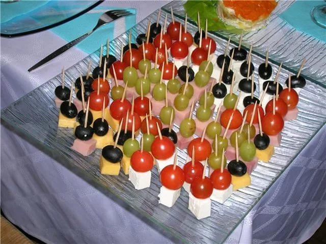 Салаты и закуски на праздничный стол рецепты с фото