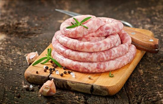 Домашняя колбаса из свинины и говядины: качество и экономия