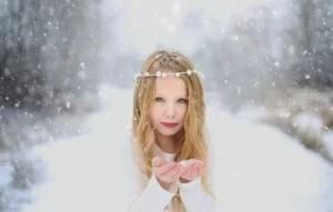 Значение имени Снежана: что означает имя, каким характером наделяет?