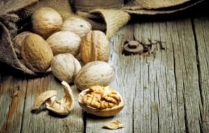 К чему снятся грецкие орехи: собирать, покупать, колоть или есть