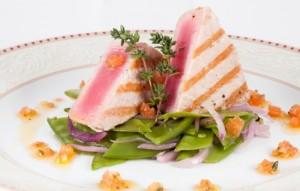 Стейк из тунца – полезно, вкусно, аппетитно. Рецепты стейка из тунца с травами, лимоном, сыром, грибами и другие
