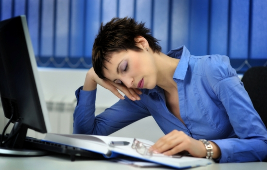 Почему не проходит слабость: нужны витамины от усталости. Какие витамины принимать при постоянной усталости?