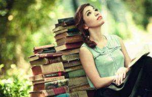 К чему снятся книги: старые, новые, знакомые и любимые, детские? Основные толкования - к чему снятся книги обычные и необычные