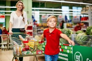 Совместные походы в магазин: секреты организации покупок вместе с детьми