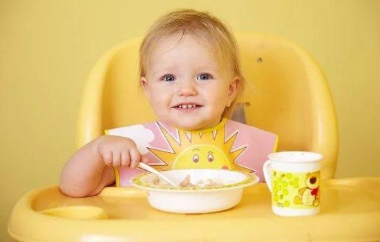 Правильное питание ребенка в 10 месяцев – залог здоровья. Узнайте всё самое важное о питании ребенка в возрасте 10 месяцев