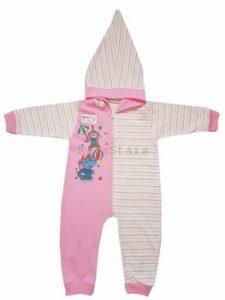 Выбор одежды и аксессуаров для малышей