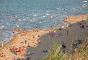 Отдых на Азовском море. Посёлок Кучугуры.
